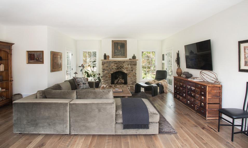 Kelly-Martin-Interiors-Modern-Farmhouse-Living-Room