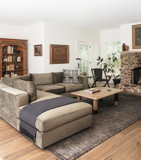 ATELIERxKM_Gigli_Coffee_Table_Modern_rustic_living_room