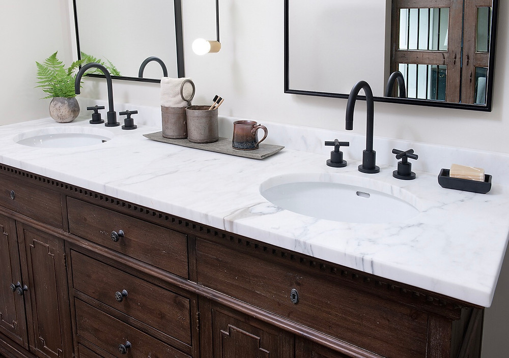 Rustic Modern Farmhouse Master Bathroom in Pittsburgh by Kelly Martin Interiors. Featuring Calacatta Countertops, Restoration Hardware, & California Faucets.