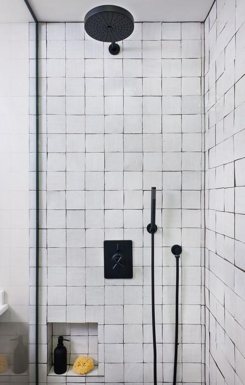 Kelly-Martin-Interiors-Cle-Tile-Bathroom-Zellige