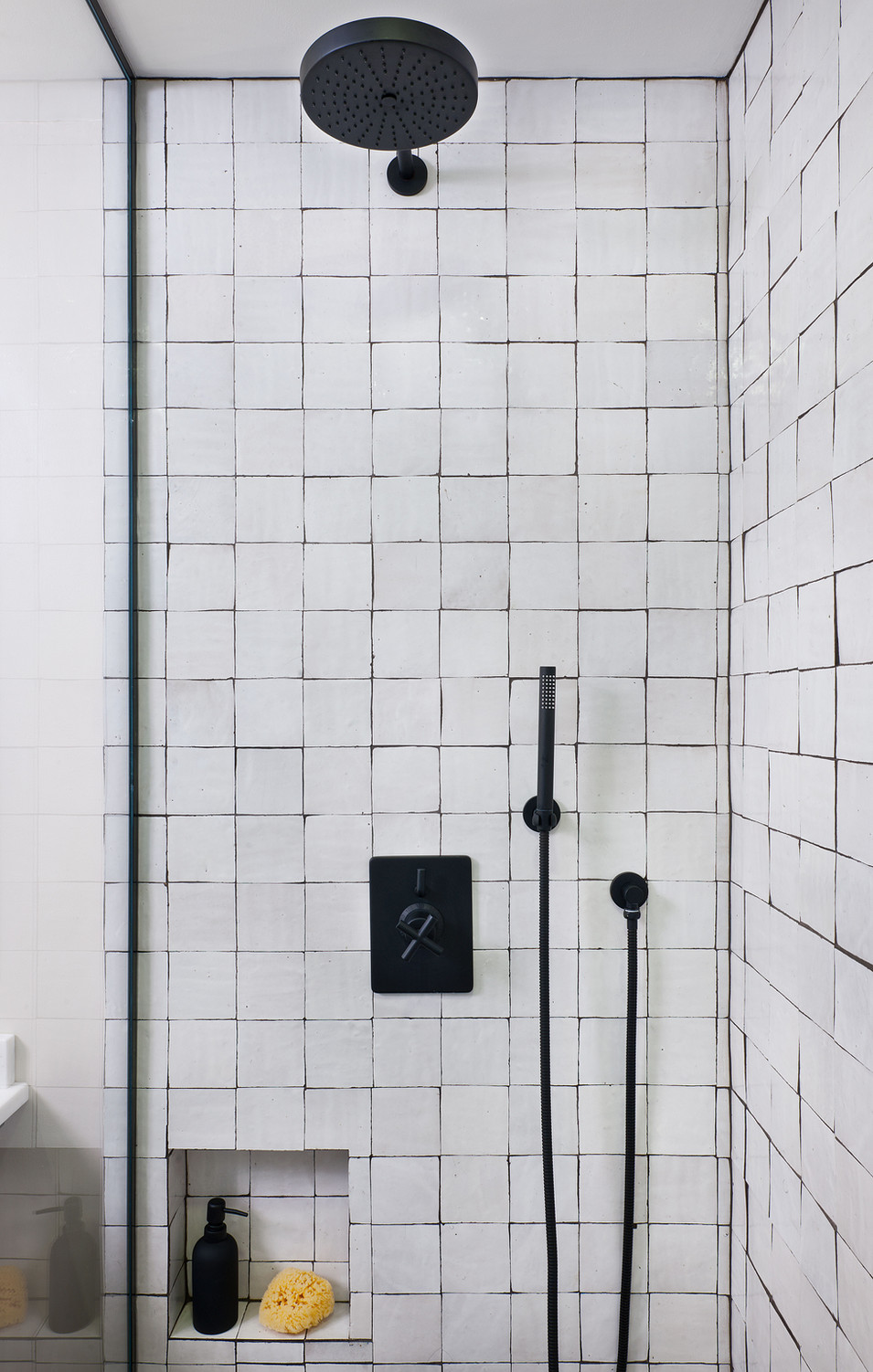 Kelly-Martin-Interiors-Cle-Tile-Bathroom-Zellige