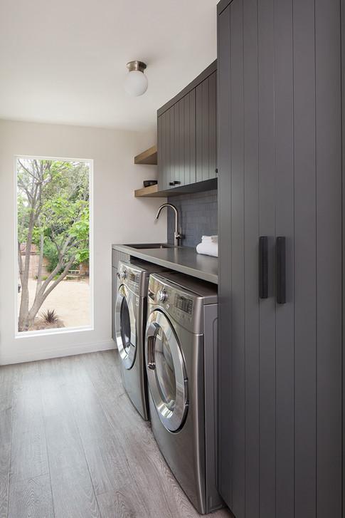 Kelly-Martin-Interiors_Ayer_Laundry-Room