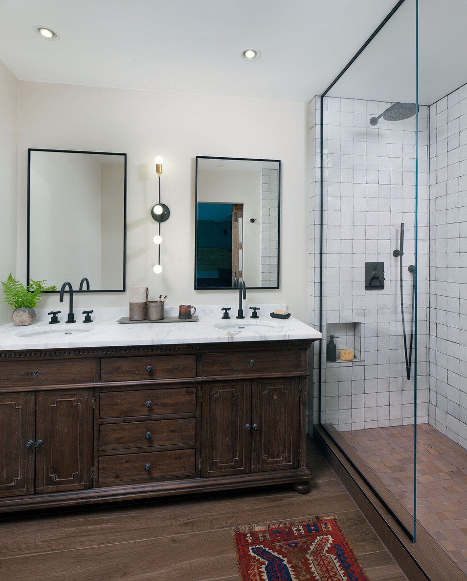 Kelly-Martin-Interiors-Modern-Farmhouse-Bathroom-Shower