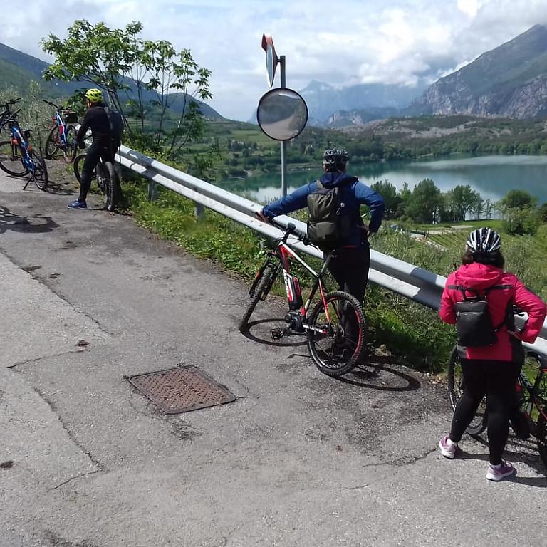 Tour enogastronomico con E-Bike