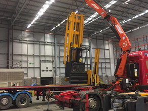 De-masting and Transporting a Turret Man Up Forklift Truck