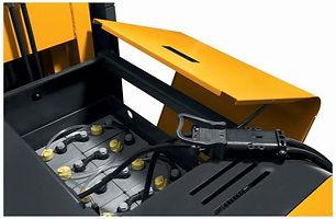 forklift-battery-maintenance-header.jpg