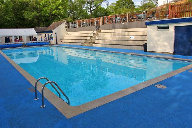 swimming pool main pic 3.jpg