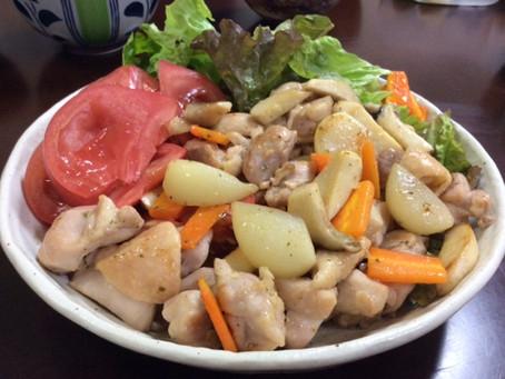 ジャンボニンニク。他の野菜はまた次回。