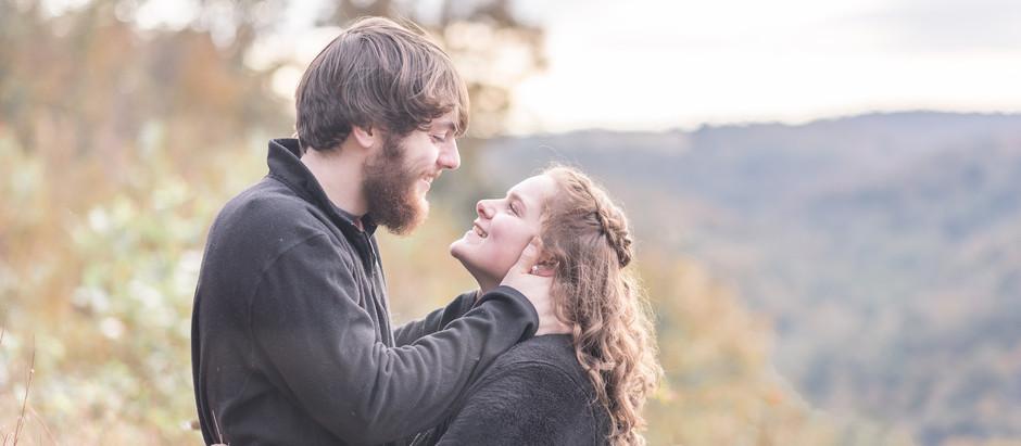 Uriah &  Nikki | A Pinnacle Overlook Engagement