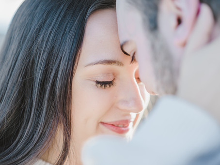Seven Secrets to Nailing Your Engagement Session