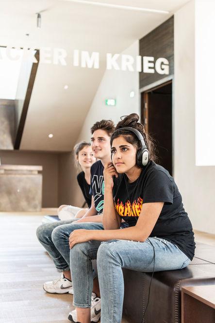 Fotografie @Karin Nussbaumer, Vorarlbergmuseum Jugendliche