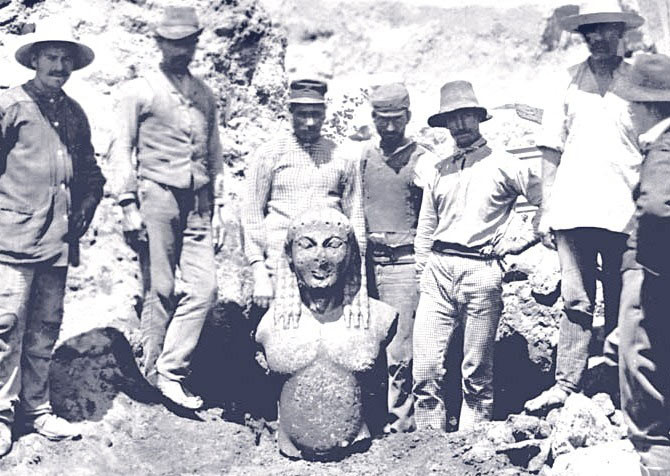 delphi_excavations_edited_edited.jpg