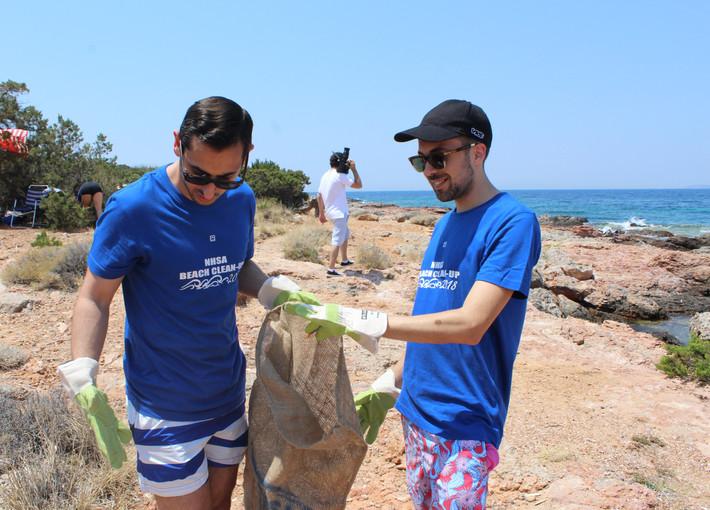 nhsa beach cleanup portes magazine 7