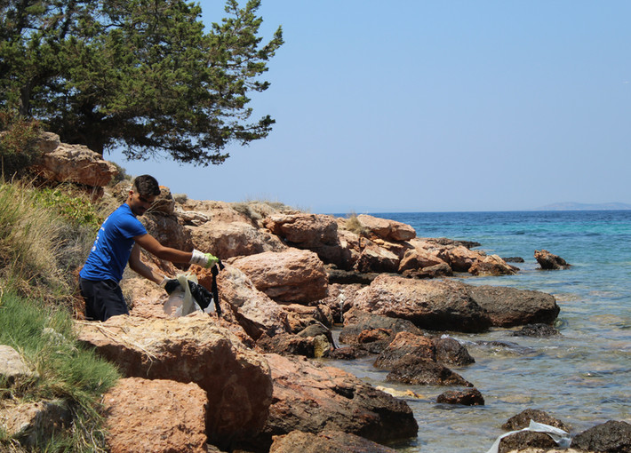 nhsa beach cleanup portes magazine 9