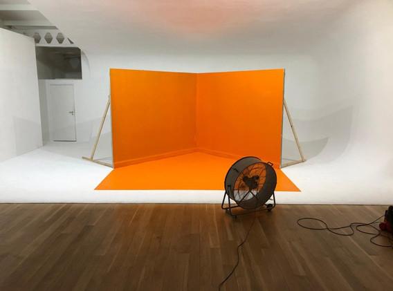 Coloured corner sets
