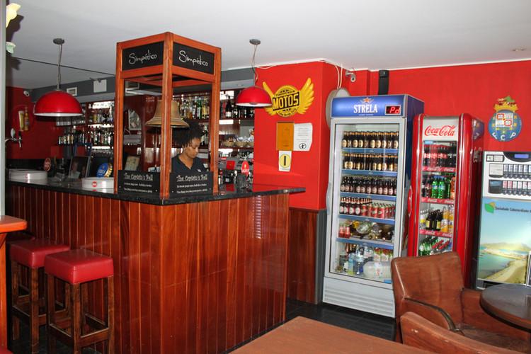 Simpático Sports Bar