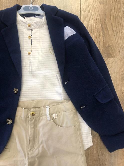 Tutto Piccolo beige shirt, beige pants & navy blazer