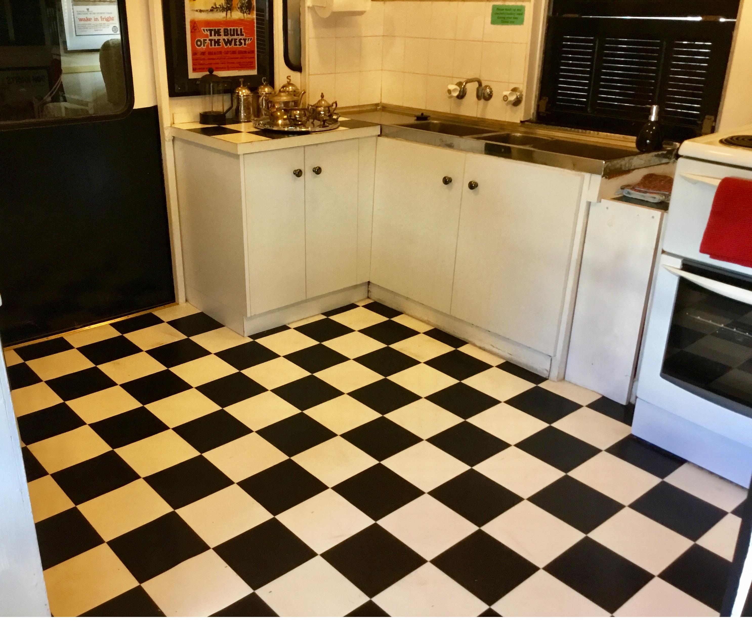 Kitchen2_4786