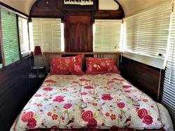 Bedroom1_Tram590