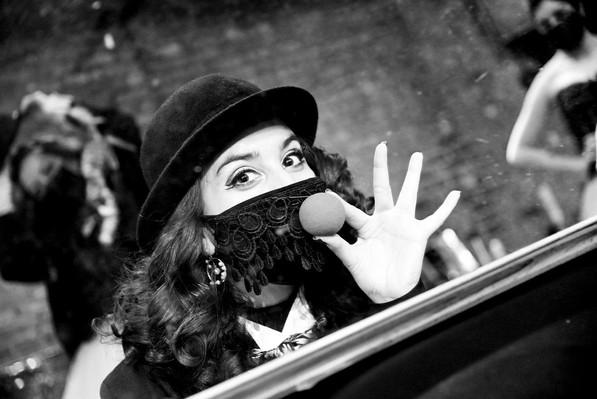 VOYEUR: The Windows of Toulouse Lautrec