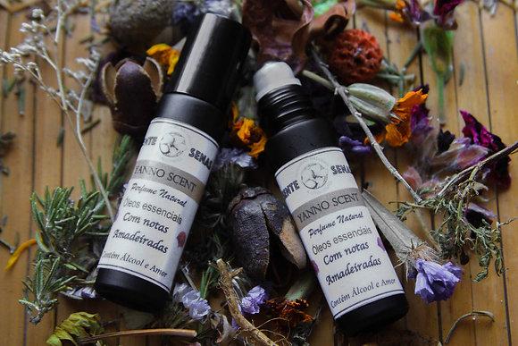 Perfume Natural Amadeirado Yanno Scent