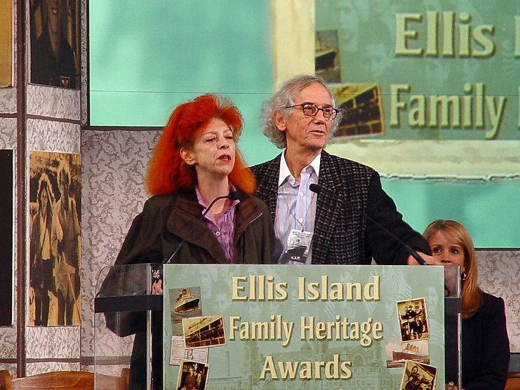 Christo_and_Jeanne-Claude.jpg