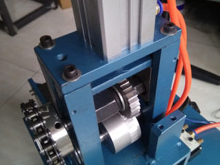 Auto Rotary Cutting Machine for Piping ( 회전 칼질기계 )