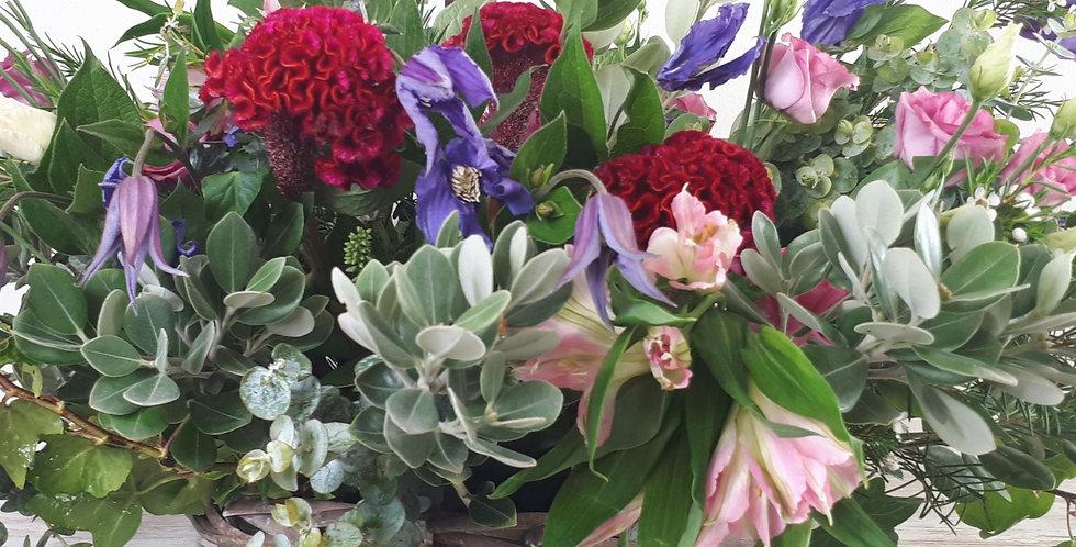 Cesta de Flores  Tamaño M  60€