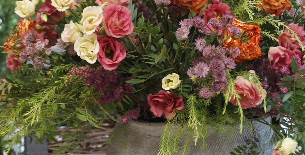 Cesta de Flores Personalizada. A partir de 60€