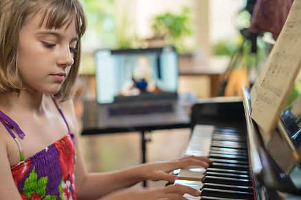 Piano+Play+Online+Skype+Piano+Lessons.jp