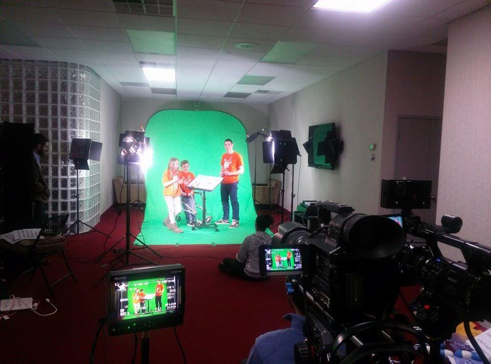 Chroma Green screen on location