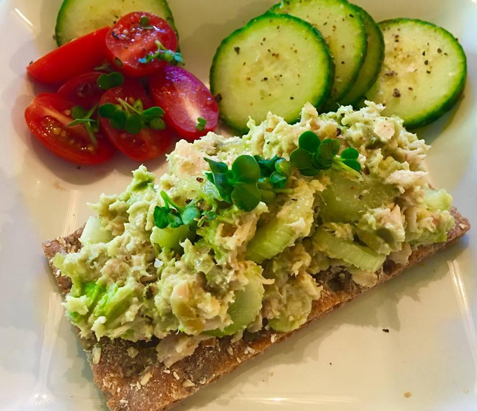Microgreens tuna salad
