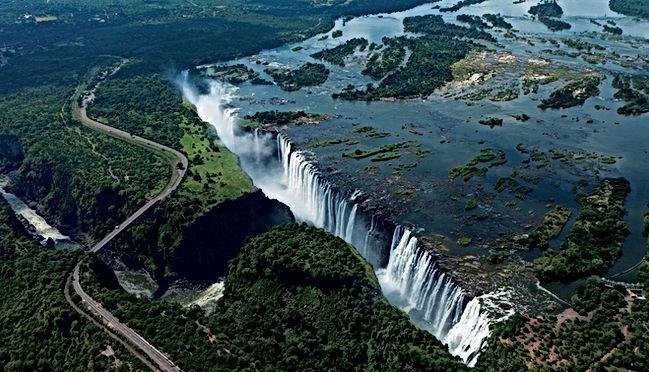 Victoria-Falls-amazing-view.jpg