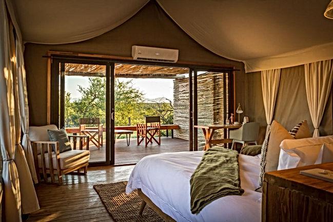 imagine-africa-left-interior-tent.jpg