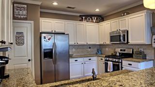 10-Kitchen2 mls.jpg