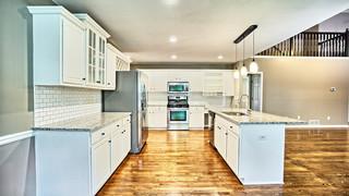 9 Kitchen2 MLS.jpg