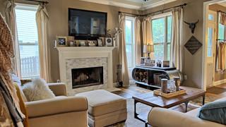 7-Living Room mls.jpg