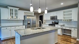 8 Kitchen1 MLS.jpg