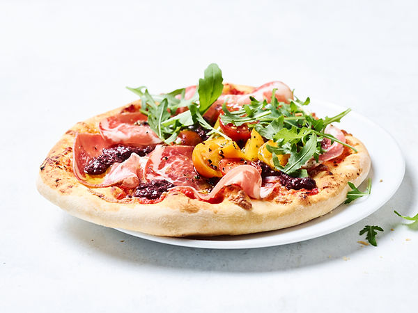 Tino Kalning Frank Weinert Pizza handmade Rustico Ruccola Tomato Tomaten Frisch Lecker Oliven