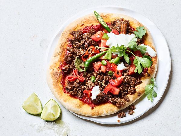 Tino Kalning Frank Weinert Pizza handmade  spicy Koriander Paprika Mince Meat