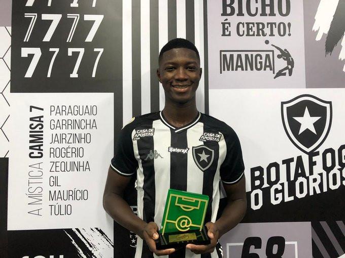 Matheus Babi foi o cara da rodada. (Foto: Botafogo)