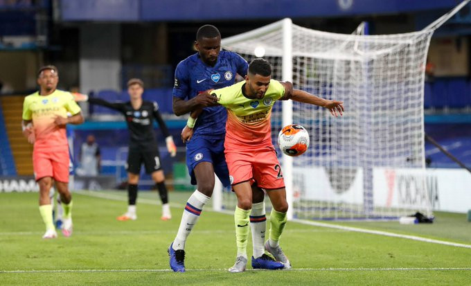 Acirrada luta por vagas na Champions League (Foto: Chelsea)
