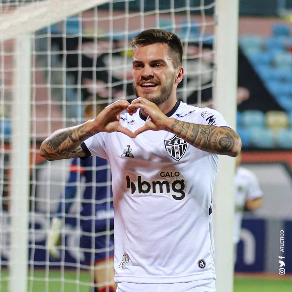 Nathan comemora seu gol. (Foto: Atletico