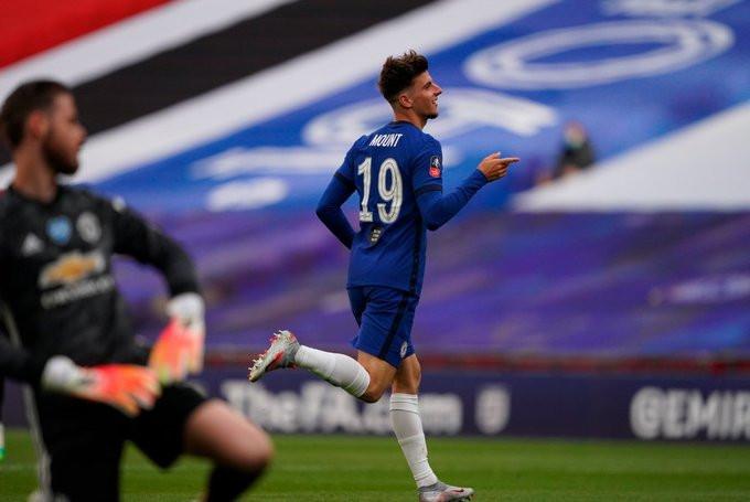 Mason Mount comemora o segundo gol do Chelsea. (Foto: Emirates FA Cup)