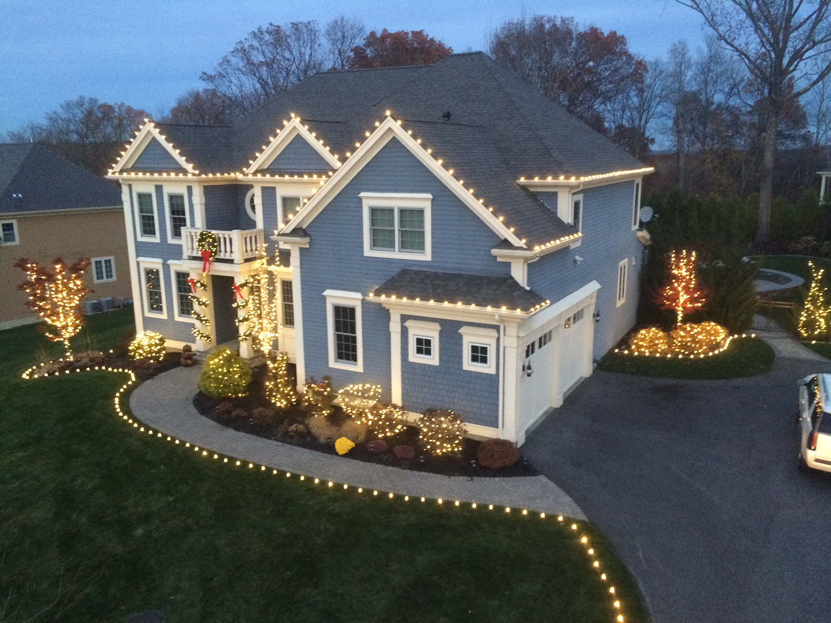 holiday lighting by gga residential