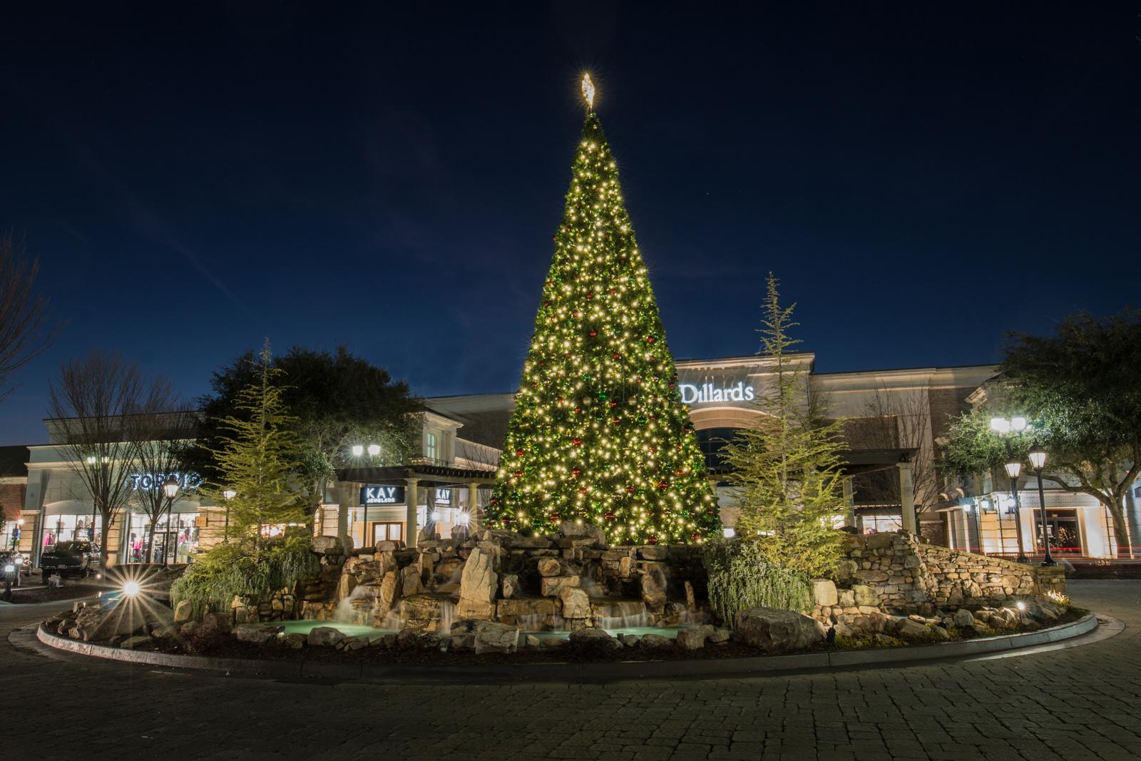 christmas tree commercial lighting