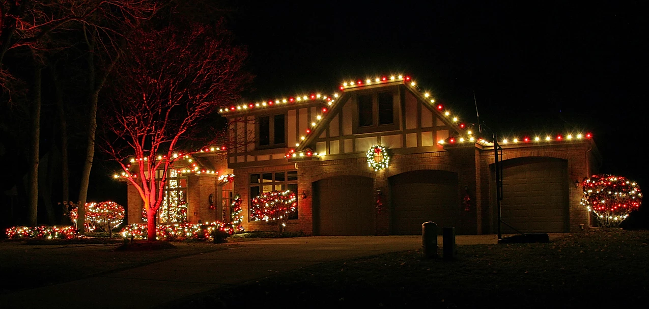 red and white christmas lighting by gga