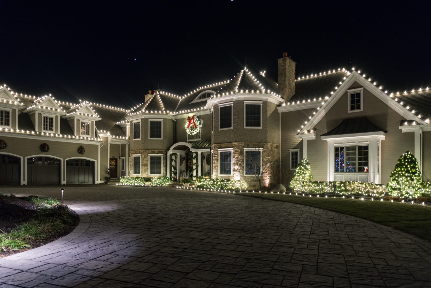 residential christmas lights white