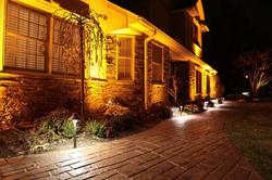 warm outdoor landscape lighting