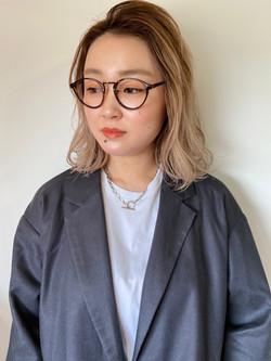 ルームスヘアー乙部 恵理菜のインスタグラム。
